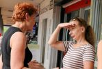 Pauline Hanson chats with a voter in Gatton (photo by Amy Lyne).