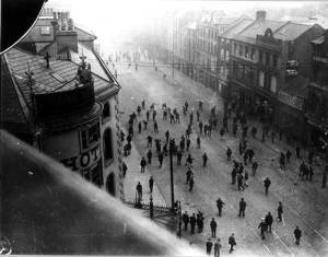 A sectarian riot in Belfast, 1920.