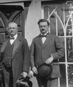 Irish brothers and Westminster MPs John and Willie Redmond.